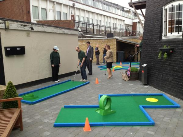 The Crazy Golf begins!