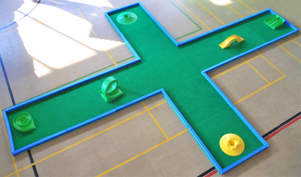Large crazy golf hole