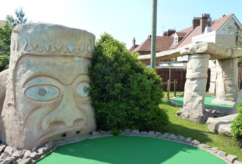 adventure golf suffolk