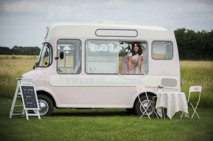 Suffolk Vintage Ice Cream Wedding Hire | Putterfingers.co.uk