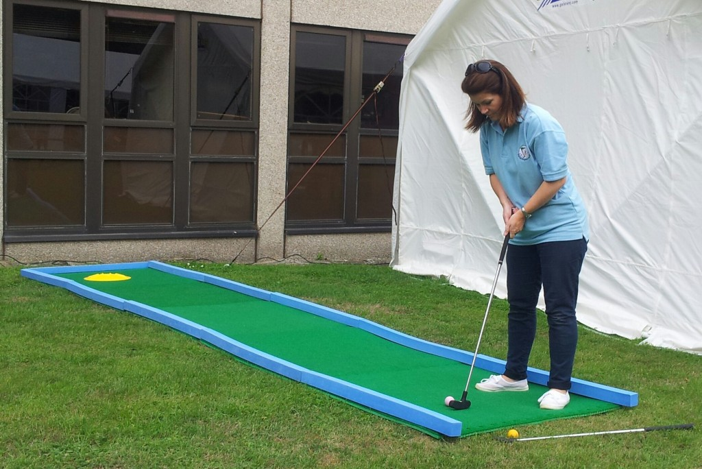 The 5m Challenge using Putterfingers interlocking crazy golf course