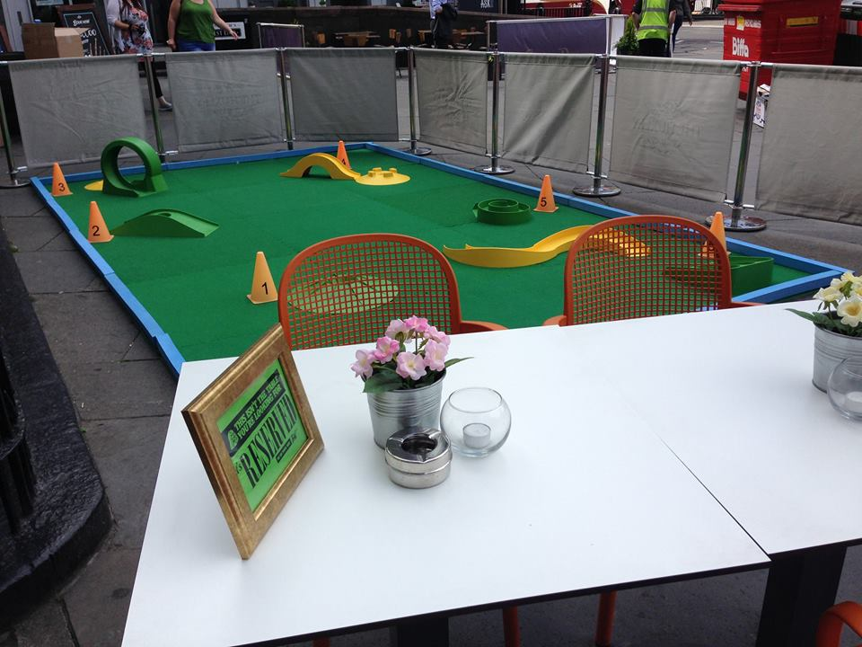 Crazy Golf Pub Open