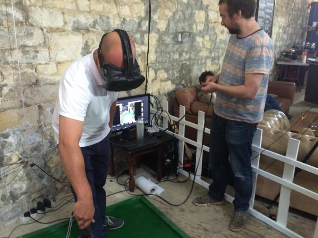 VR minigolf, virtual reality, crazy golf