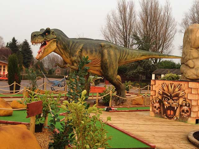Dinosaur, crazy golf