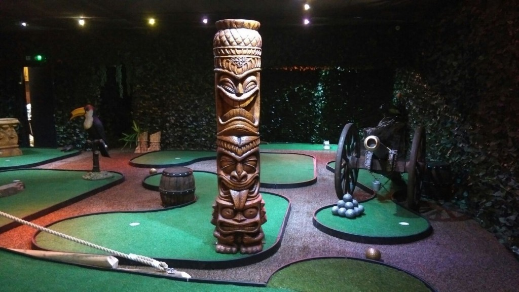 adventure golf, minigolf, Broad Street Mall, Reading, crazy golf