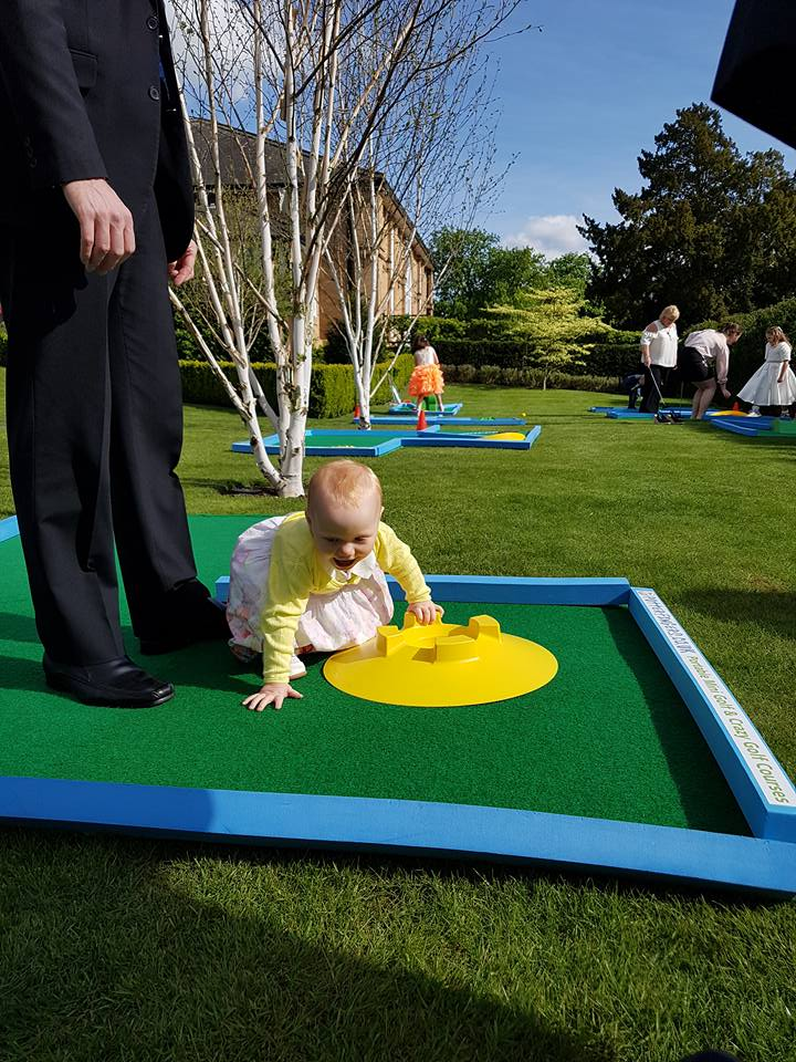 Wedding minigolf hire