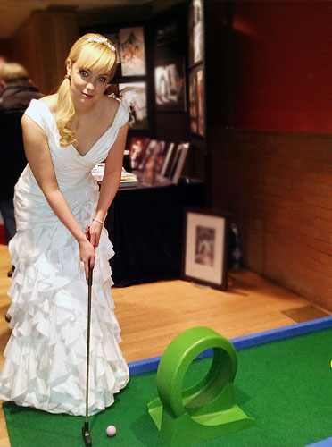 Wedding minigolf, wedding entertainers