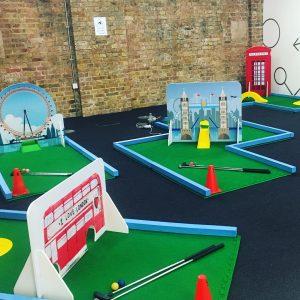 Minigolf obstacles London