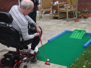 Disabled minigolf wheelchair access