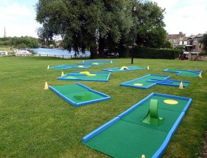 Portable crazy golf