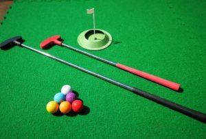 Staycation mini golf home starter kits