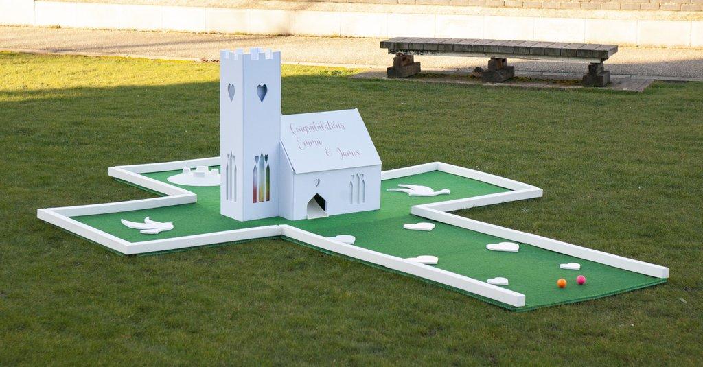 Wedding mini golf course