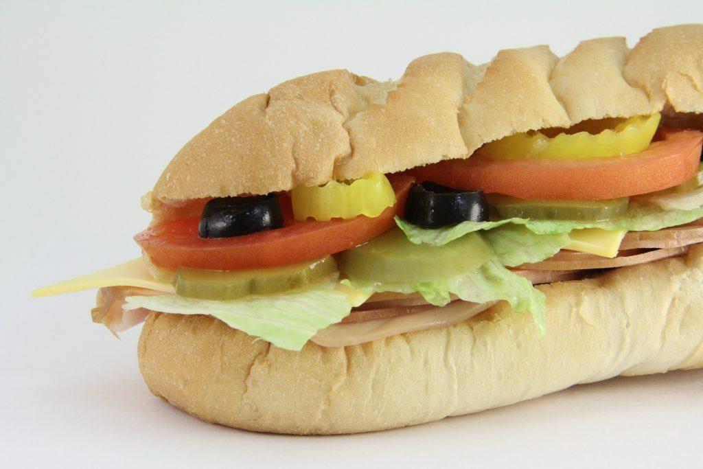 par-tee food minigolf bogie hoagie