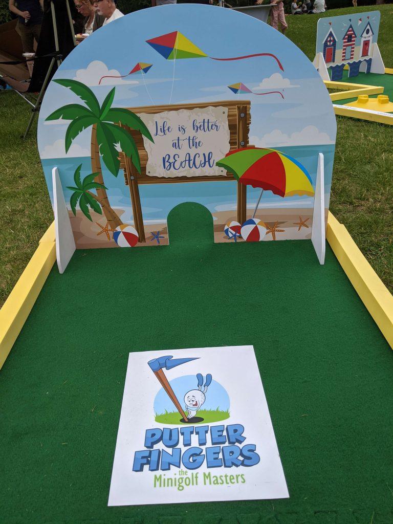 Forest mini golf beach theme
