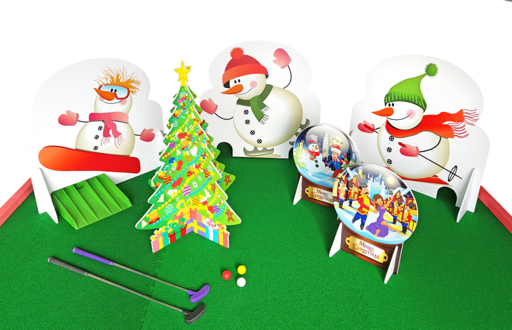 Christmas crazy golf obstacles set