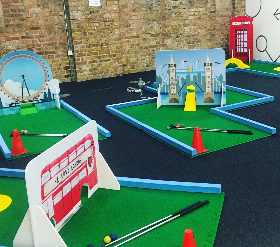 London Golf Obstacles